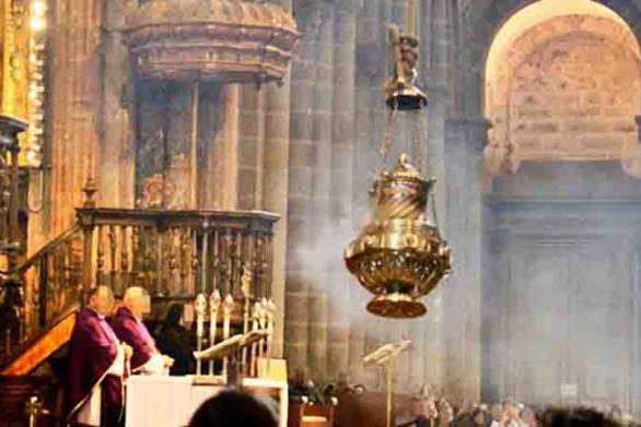 «Παπαδοπαίδια» έβαλαν... μαριχουάνα στο θυμιατήρι, σε ναό της Ισπανίας!