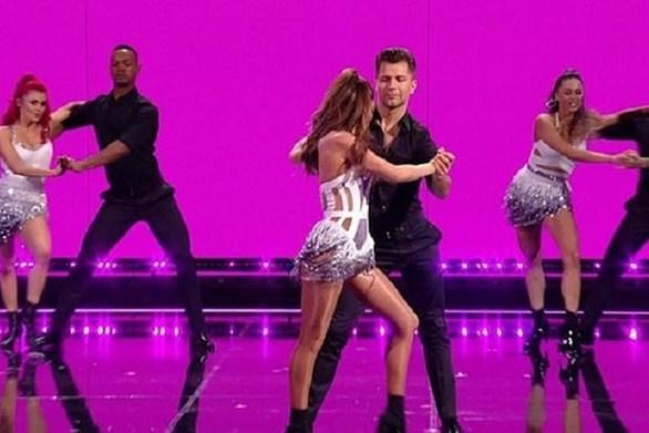 Εντυπωσίασε με το χορό της η Σέριλ Κόουλ (video)