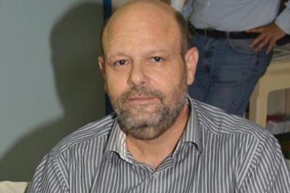 """Αίγιο: Ιερέας έκανε επίθεση στον Ανδρέα Ριζούλη, λέγοντας τον """"προδότη"""""""