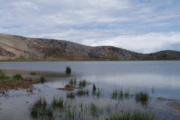 Αχαΐα: Ψάρευαν παράνομα στη λιμνοθάλασσα Πάπα - Καραβοστάσι