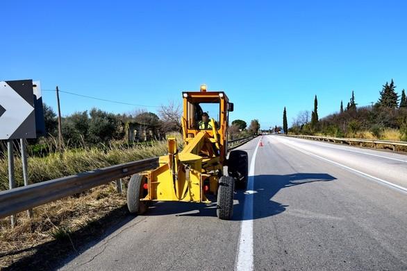 Δυτική Ελλάδα:Εργασίες για την βελτίωση του οδοστρώματος στην Πατρών - Πύργου