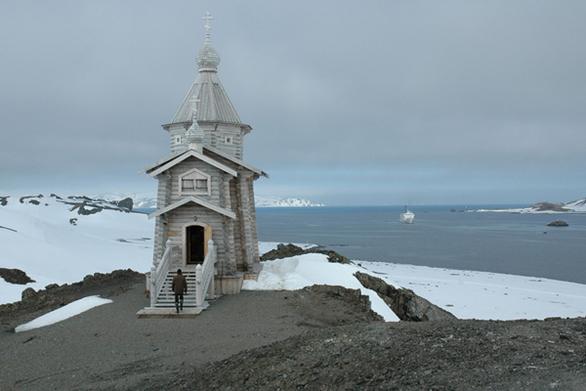 """Η πιο """"μοναχική"""" ορθόδοξη εκκλησία"""