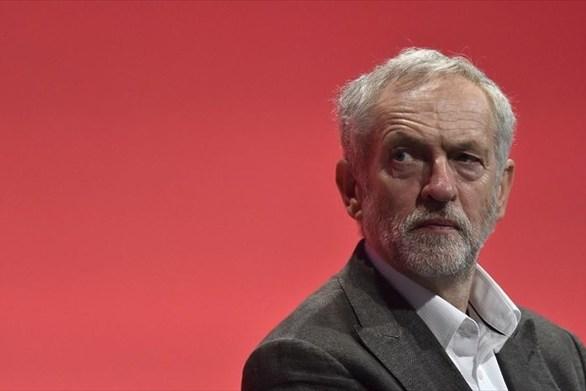 """Τζέρεμι Κόρμπιν: """"Έσχατη λύση το δεύτερο δημοψήφισμα"""""""
