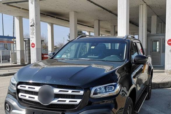 Σύλληψη αλλοδαπών για παράνομη κατοχή αυτοκινήτου με ξένες πινακίδες
