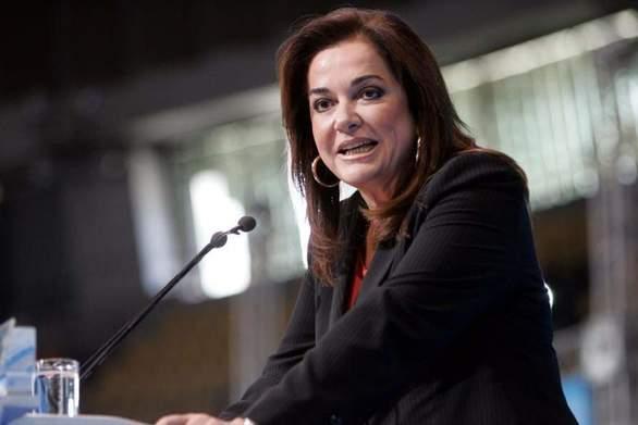 Η Ντόρα Μπακογιάννη κατεβαίνει υποψήφια βουλευτής στα Χανιά