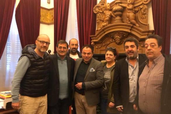 Πάτρα: Συνάντηση Πελετίδη με μέλη του ΣΚΕΑΝΑ