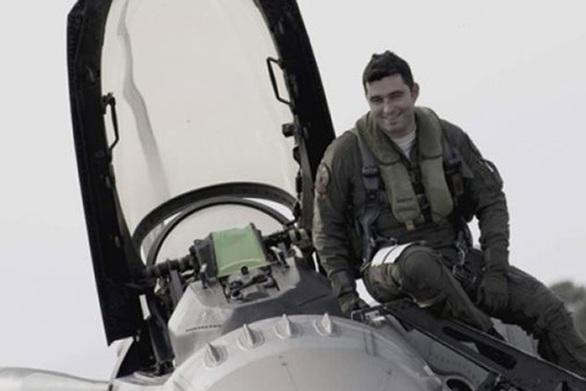 Έλληνας ο καλύτερος πιλότος του ΝΑΤΟ (video)