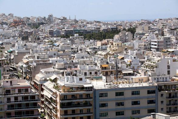 Stuttgarter-Zeitung: Σε άνοδο η αγορά ακινήτων στην Ελλάδα