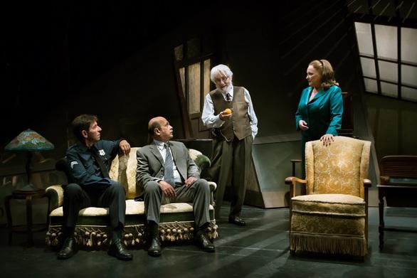 «Το Τίμημα» - Το αριστουργηματικό έργο του Άρθουρ Μίλλερ, ταξιδεύει στην Πάτρα!