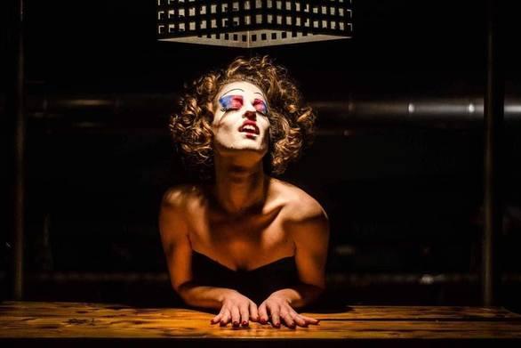 """Πέπη Παπαδοπούλου - Η """"μαινάδα"""" από την Πάτρα που την... άκουσε για τα καλά με το θέατρο (pics)"""
