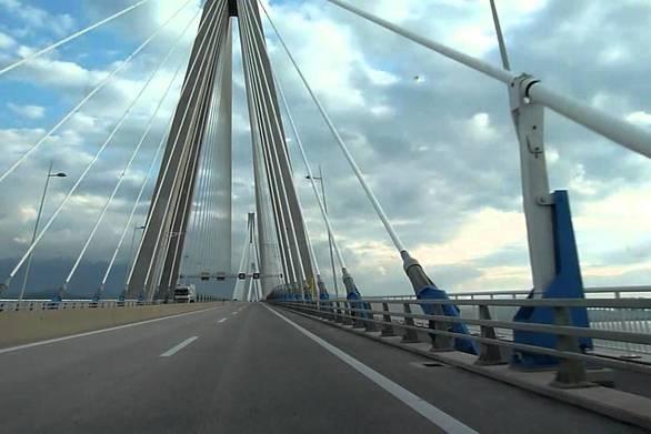Γυναίκα επιχείρησε να πέσει από τη Γέφυρα Ρίου - Αντιρρίου