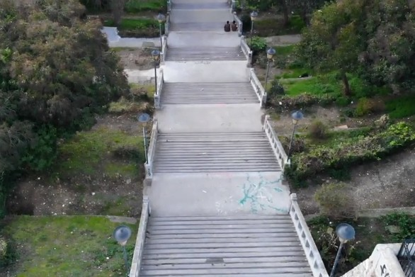 Οι Σκάλες της Αγίου Νικολάου, αποτελούν σημείο αναφοράς για την Πάτρα! (video)