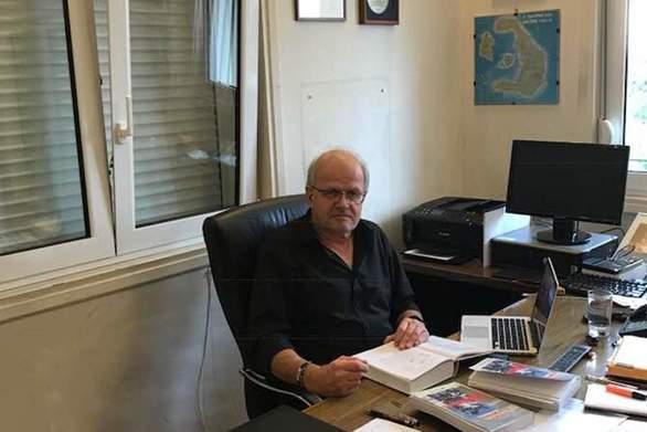 """Το κείμενο του Πατρινού Άκη Τσελέντη με αφορμή τον σεισμό - Ποιους """"καρφώνει"""""""