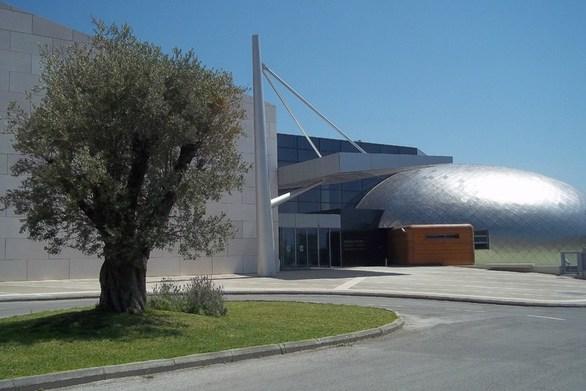 """Το Αρχαιολογικό Μουσείο Πατρών παρουσιάζει την εικαστική έκθεση """"Παράλληλες Συνδέσεις"""""""