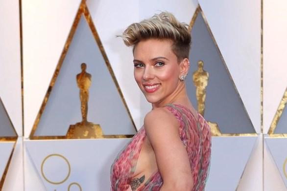 "Scarlett Johansson: ""Φοβάμαι ότι θα έχω το τέλος της πριγκίπισσας Νταϊάνα"""