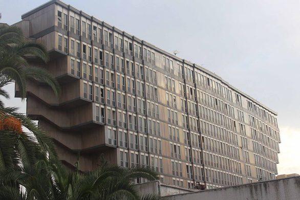 Ξενοδοχείο φέρνει το... πάνω κάτω