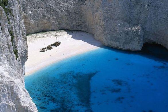 Ζάκυνθος - Ανοίγει ξανά για το κοινό η παραλία Ναυάγιο