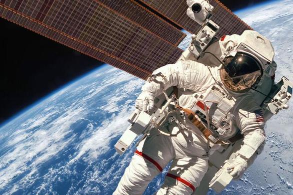 Τι ακριβώς συμβαίνει στο σώμα μετά από ένα χρόνο στο διάστημα;