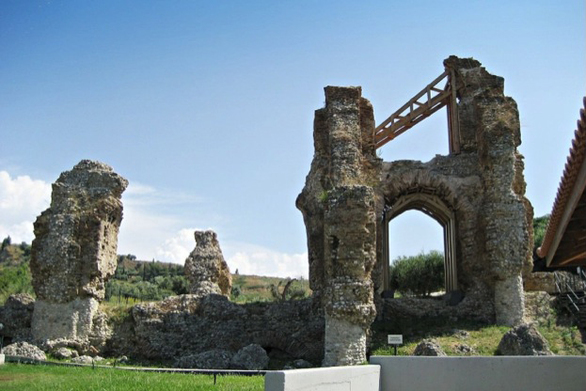 Γνωριμία με το Ρωμαϊκό και Μεσαιωνικό Υδραγωγείο της Πάτρας