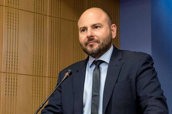 """Γ. Στασινός: """"Η κυβέρνηση μας γυρίζει 30 χρόνια πίσω, οφείλει να αποσύρει τις διατάξεις"""""""