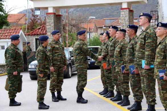 Επίσκεψη Αρχηγού ΓΕΣ στην 9η Μηχανοποιημένη Ταξιαρχία Πεζικού (φωτο)