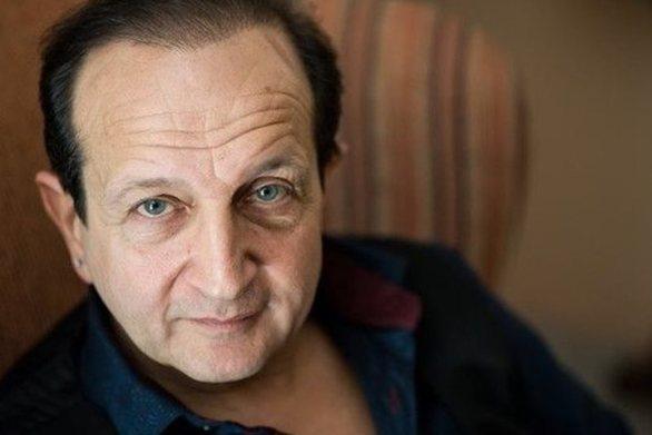 """Σπύρος Μπιμπίλας: """"Στο YFSF οι ηθοποιοί κάνουν τους καραγκιόζηδες"""" (video)"""