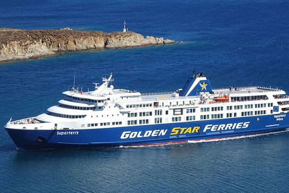 Άμεση η εξυπηρέτηση των επιβατών του Super Ferry που υπέστη βλάβη