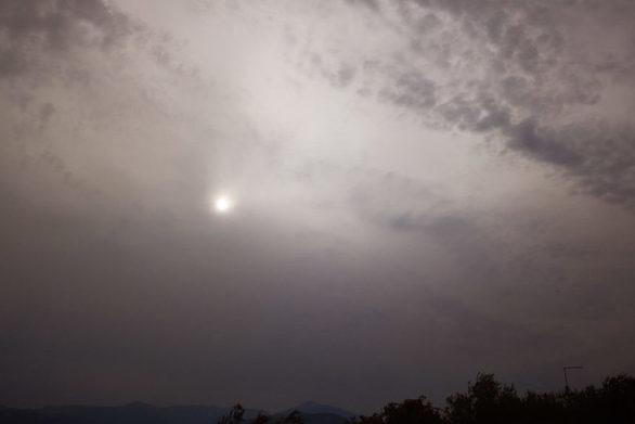 Η αφρικανική σκόνη θα «σκεπάσει» τη χώρα και σήμερα