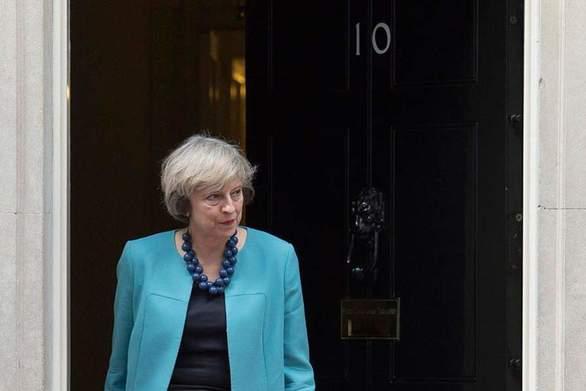 Βρετανία: Η Επιτροπή 1922 ζητά ξεκάθαρο χρονοδιάγραμμα για την αποχώρηση της Τερέζας Μέι