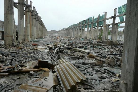 """Αχαΐα: Το επικίνδυνο υλικό της πρώην """"Αμιαντίτ"""" παραμένει στο Δρέπανο"""