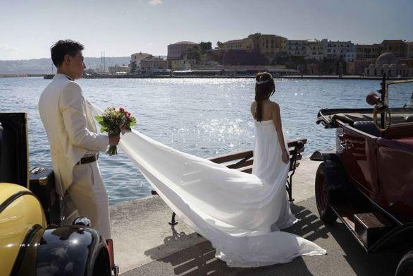 Γιατί κάποιοι αποφεύγουν να παντρευτούν Μάιο μήνα