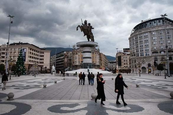 Βόρεια Μακεδονία: Η ψήφος των Αλβανών θα κρίνει το αποτέλεσμα του β' γύρου των εκλογών