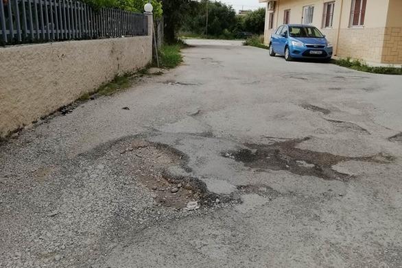Πάτρα: Ένας βομβαρδισμένος δρόμος στην Τείσωνος και Αρχελάου (φωτο)