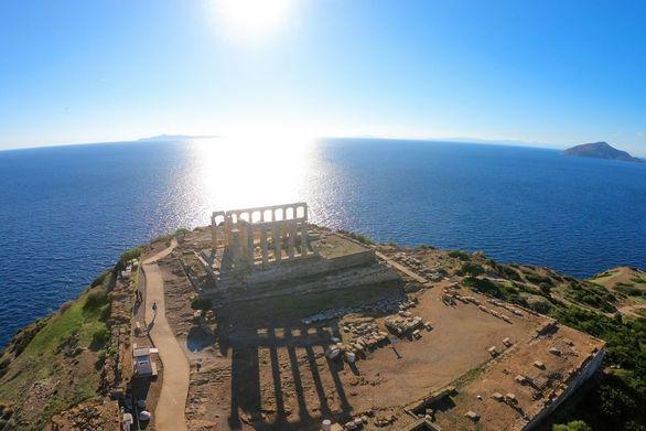 Conde Naste Traveler: Η Ελλάδα η ομορφότερη χώρα του κόσμου για το 2019!