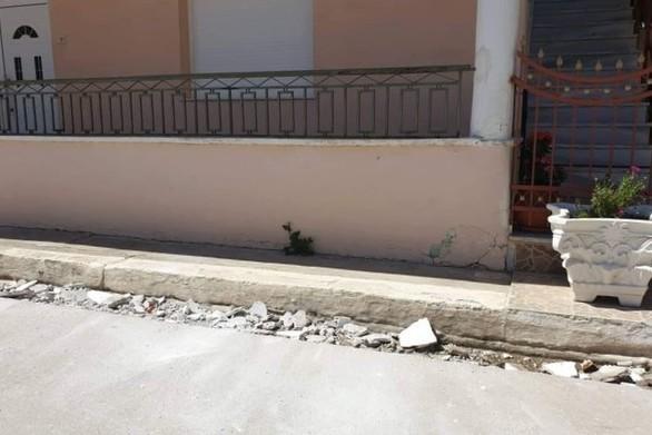 Σε πλατείες διανυκτερεύουν οι κάτοικοι της Ανδραβίδας  - Άλλοι φεύγουν προς Πάτρα
