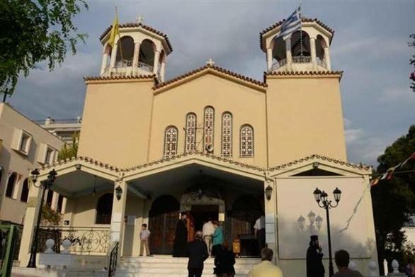 Πανηγυρίζουν οι ναοί των Αγίων Κωνσταντίνου και Ελένης στην Πάτρα