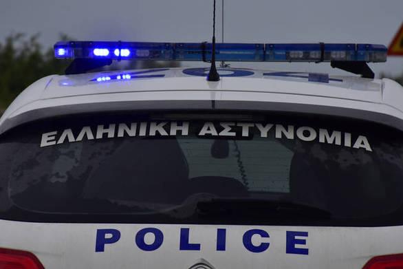 Συνελήφθησαν στην Πάτρα, τρία άτομα για κλοπή και πλαστογραφία πιστοποιητικών