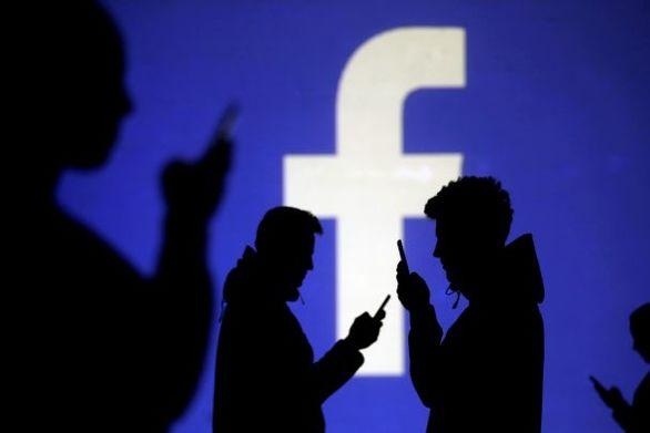 Facebook: «Κατέβασε» 2,2 δισ. σελίδες με fake λογαριασμούς