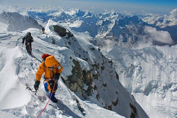 Τρεις νεκροί ορειβάτες στο Έβερεστ
