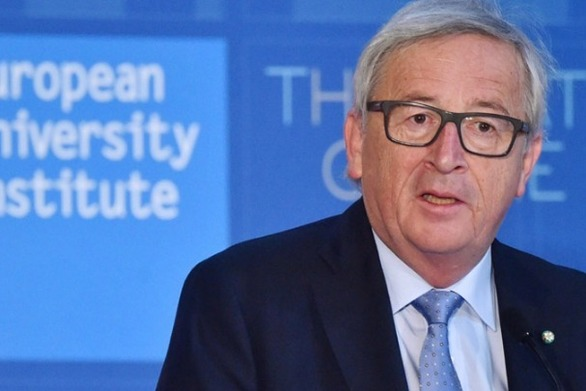 """Ζαν-Κλοντ Γιούνκερ: """"H βοήθεια προς την Ελλάδα δεν κόστισε σε κανέναν ούτε ένα ευρώ"""""""