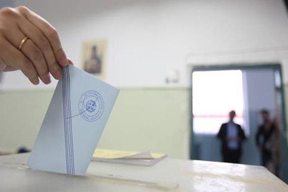Αχαΐα: Στο... νήμα η εκλογική μάχη στους τρεις δήμους - Τι γίνεται;
