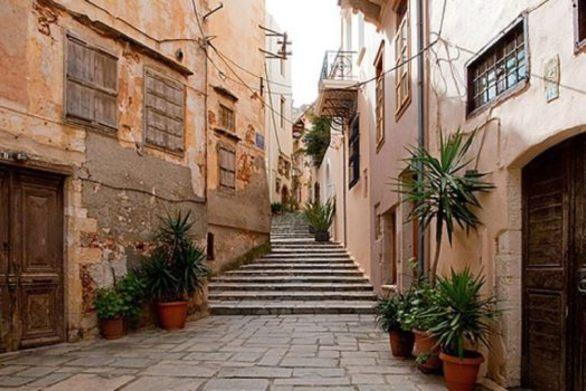 Πεζοδρομείται η παλιά πόλη στα Χανιά