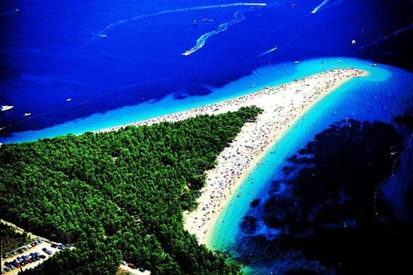 "Zlatni Rat - Η παραλία που ""μετατοπίζεται"""