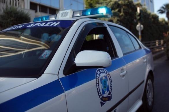 Ηλεία: Άγριο ξύλο στην κεντρική πλατεία των Λεχαινών - Βγήκαν και μαχαίρια