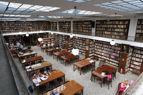 Πάτρα: Η Δημοτική Βιβλιοθήκη παρουσιάζει ένα ξεχωριστό εργαστήρι ρητορικής