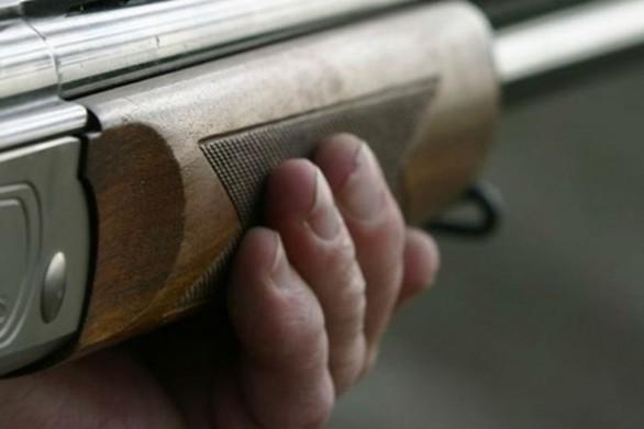 Δυτική Ελλάδα: Bγήκαν όπλα και μαχαίρι σε καβγά