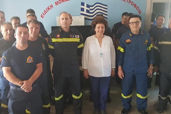 """Αθηνά Τραχήλη: """"Παροιμιώδες το φιλότιμο του Έλληνα πυροσβέστη"""""""