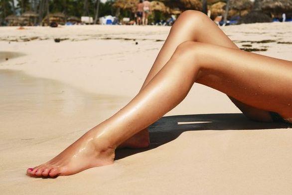Πώς θα μπορέσετε να προστατέψετε τα νύχια σας από τον ήλιο
