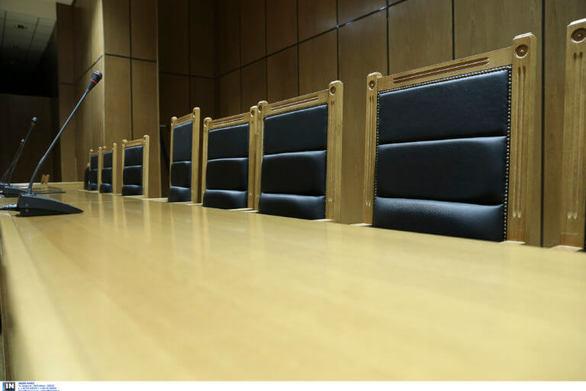 Κρήτη: Κατέρρευσε στο δικαστήριο την ώρα που περιέγραφε το βιασμό της