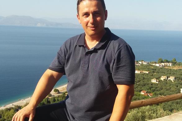 """Χρήστος Βουλδής: """"Οι νέοι που μένουν"""""""